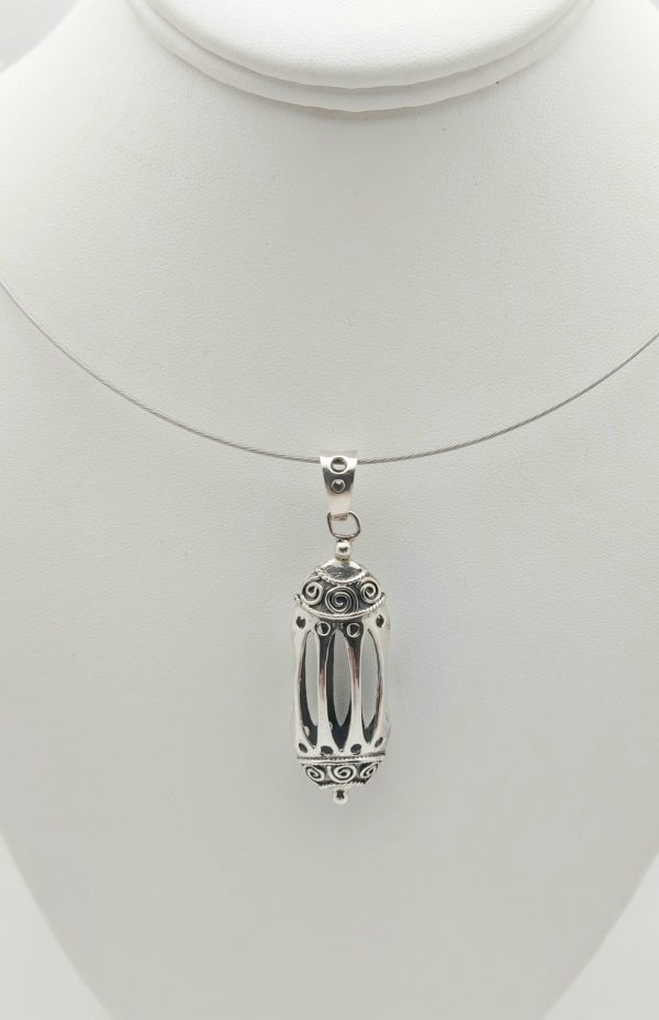 Item 104SP Silver Cage pendant
