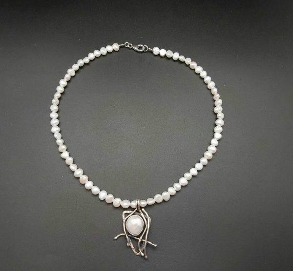 Item 166NP Freshwater Pearl with pendant