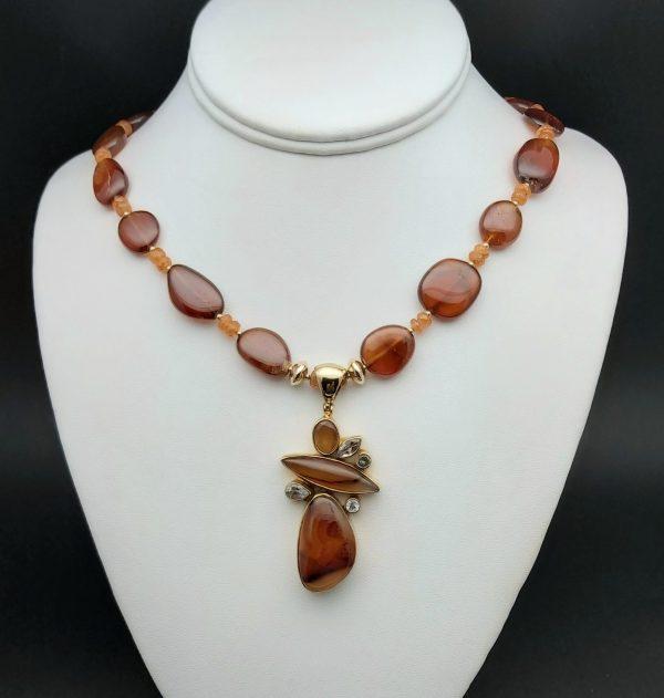 Item 180NH Hessonite Garnet with Agate Pendant