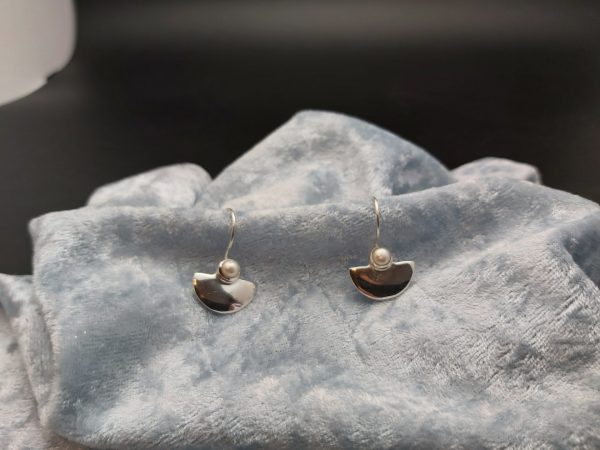 Item 137EP Silver with Sweetwater Pearl