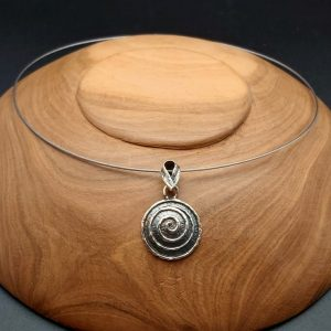 Item 114SP two colour swirl pendant