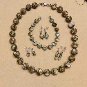 Item 239NR Rhyolite Set: Necklace, Bracelet, 3x earrings Elly