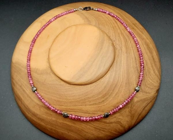 Item 250NS Pink Spinel (Mahenge)