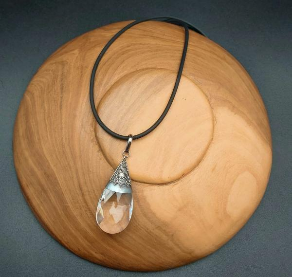 Item 169PQ Quartz with Rubber (Kautschuk) necklace